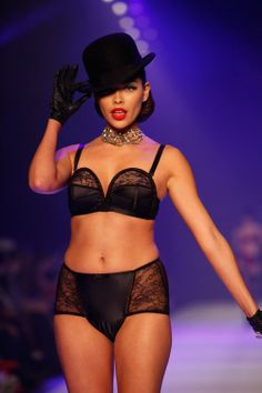 Now this is an #image we #love: #curvy #women #showing 3lingerie!  Yes, it's an old #photo from #Dita #von #Teese's #lingerie line, but we want to #see #more of this! Where are the #curvy #models on the #runways these days?