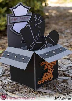 Would make a great Father's day card Pop Up Box Cards, 3d Cards, Card Boxes, Fancy Fold Cards, Folded Cards, Diy Homemade Cards, Biker Birthday, Side Step Card, Exploding Box Card