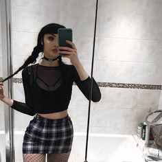 now have more shit pictures, cucks Funky Outfits, Grunge Outfits, Cool Outfits, Fashion Outfits, Black Hair Aesthetic, Aesthetic Clothes, Alternative Outfits, Alternative Fashion, Estilo Grunge
