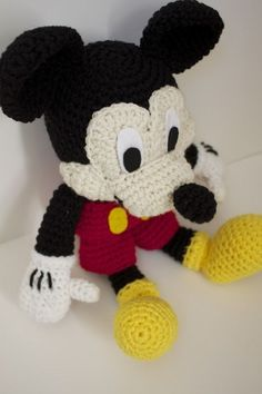 Ideas Crochet Amigurumi Free Patterns Disney Mice For 2019 Mickey Mouse Doll, Crochet Mickey Mouse, Crochet Disney, Crochet Teddy Bear Pattern, Crochet Amigurumi Free Patterns, Free Crochet, Crochet Mermaid Tail, Crochet Projects, Handmade