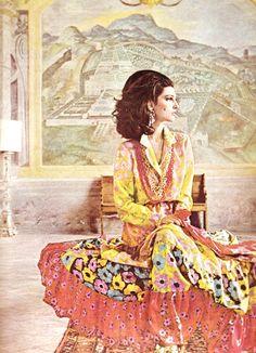 Benedetta Barzini, photographed by Milton Greene for LIFE International 1965