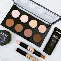 all you need for a perfect contour.