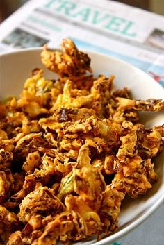 Sreelus Tasty Travels: Cabbage Pakodi- Cabbage Fritters