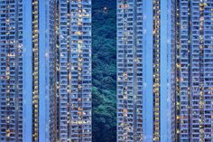 Romain Jacquet-Lagrèze is a French photographer based in Hong Kong. The Blue Moment is the title of his last series, a photographic journey in the heart of the city he lives in. Each day, when the …