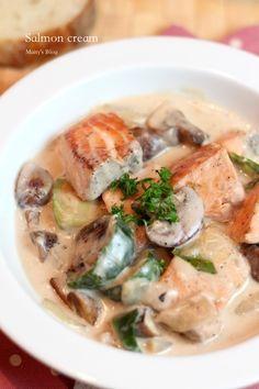 サーモンとマッシュルームのクリーム煮 - 1ヶ月2万円の節約レシピ (マイティのブログ)
