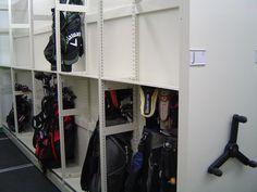 Mobilex Golf Mechanical-Assist Mobile Storage