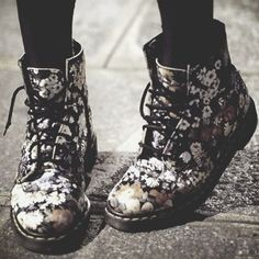 Dr Martens Floral Boots ❤ liked on Polyvore featuring shoes, boots, boot's, combat booties, dr. martens, flower print shoes, floral-print boots and floral military boots