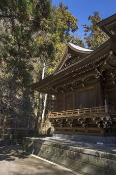 The wonderful tiny Goryo Shrine in the city of Kamakura to the southwest of Tokyo is dedicated to the 11th century warrior Kamakura Gongoro Kagemasa, born in 1069 A.D. He was a samurai of the might…