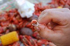 How to eat a boiled crawfish . . . - Bayou Woman