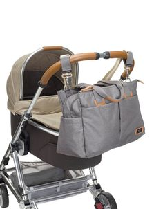Modern styling & ultimate function, the Storksak Travel Baby Changing Bag offers plenty of pockets and compartments for keeping organised on the move. Baby Changing Bags, Changing Mat, Cabin Bag, Large Diaper Bags, Maternity Nursing, Traveling With Baby, Travel Bag, Baby Strollers, Gym Bag