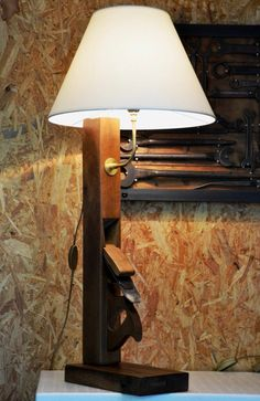 ANATOLE wood plane big vertical lamp with beige lampshade grande lampe rabot vertical avec abat jour beige Pipe Lighting, Rustic Lighting, Cool Lighting, Industrial Lighting, Wooden Plane, Grande Lampe, Steampunk Lamp, Pipe Lamp, Wood Lamps