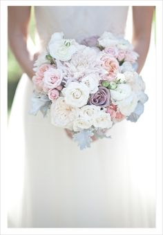 Very pretty bouquet with lovely pastel colors I love. <3