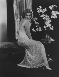 Clara Bow - Roaring 20s, silent film era #celebstylewed