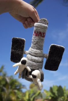 Needle Felted Hubble Servicing Mission 4, EVA 4 made by Jen Sheer. Space Shuttle technician at KSC. Founder of the Space Tweep Society. Inventor, A&P, industrial safety geek, space outreach advocate. An artist in her spare time. (flyingJenny's photostream, flickr)