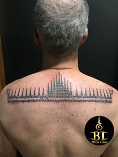 Done traditional Thai sak yant tattoo by Ajarn Tom(www.bt-tattoo.com) #bttattoo #bttattoothailand #thaitattoo #thaibamboo #thaibambootattoo #bambootattoo #bambootattoobangkok #thailandtattoo #thailandtattooshop #thailand #bangkok #tattoo