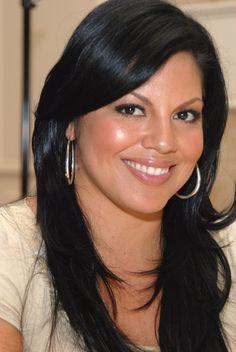 Sara Ramirez~Grey's... I <3 her!!