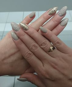 Beże i róże. Hybrydy. Beige and roses hybrid nails