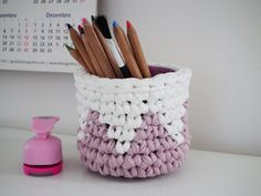 Häkeln Sie Hanging Basket  Pastell Rosa Wandbehang von LoopingHome, €11.00