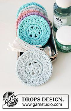 Beauty Pads / DROPS - Free Crochet Patterns From .-Beauty Pads / DROPS – Kostenlose Häkelanleitungen von DROPS Design Crochet makeup pads in DROPS Paris. The piece is worked in a circular pattern. Crochet Gratis, Crochet Diy, Cotton Crochet, Crochet Hooks, Crochet Design, Blog Crochet, Drops Design, Drops Cotton Light, Drops Paris