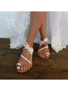 Lace Plain Flat Peep Toe Date Travel Flat Sandals Bridal Sandals, Flat Bridal Shoes, White Wedding Sandals, Flat Sandals, Flats, Flat Shoes, Shoes Sandals, Flower Shoes, Boho Fashion Summer