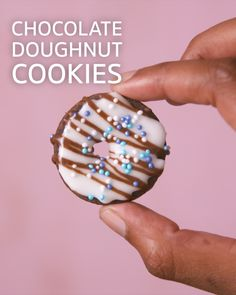 Creative and easy recipes for South African homes Cookie Monster, No Bake Desserts, Custard, Doughnut, Food Videos, Tarts, Cookie Recipes, Brownies, Foodies