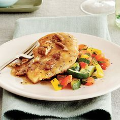 Quick and Easy Chicken Recipes: Chicken Cutlets with Pecan Sauce - Southern Living Easy Chicken Cutlet Recipes, Cutlets Recipes, Recipe Chicken, Sauce Recipes, Cooking Recipes, Healthy Recipes, Healthy Dinners, Cooking Tips, Healthy Food