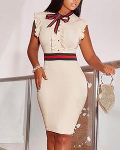 This bodycon dress features stripe with short sleeve, looking stylish and sexy. bodycon dress formal,bodycon dress outfit,bodycon dress outfit casual summer,bodycon dress #bodycondressforwork #bodycondress #dress #bodycondressoutfit #style Bodycon Dress Formal, Casual Dress Outfits, Office Outfits, Work Dresses For Women, Ruffle Sleeve Dress, Pattern Fashion, Striped Dress, Ideias Fashion, Dresses With Sleeves