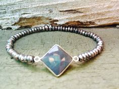 GORGEOUS Labradorite bracelet for the Summer!
