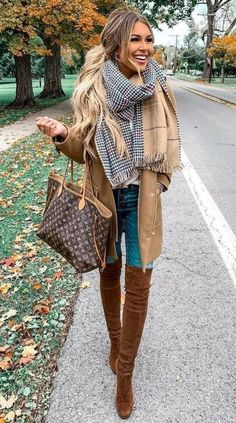 Clothes Fall Winter - Chic Cardigan Outfits You Cant Go Wrong With. - Clothes Fall Winter – Chic Cardigan Outfits You Cant Go Wrong With… - Chic Winter Outfits, Cute Fall Outfits, Casual Outfits, Cardigan Outfits, Winter Clothes, Girl Outfits, Red Scarf Outfit, Christmas Outfits For Women, Easy Outfits