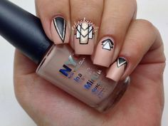 celinedoesnails:  Geometric-y Design inspired by this lovely set...