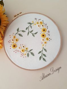Border Embroidery Designs, Wooden Hoop, Unique Gifts, Handmade Gifts, Brazilian Embroidery, Yellow Sunflower, Gifts For New Moms, Cotton Thread, Mother Day Gifts