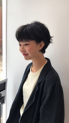 Asian Short Hair, Asian Hair, Girl Short Hair, Short Hair Cuts, Cut My Hair, Her Hair, Trendy Hairstyles, Wig Hairstyles, Hair Inspo