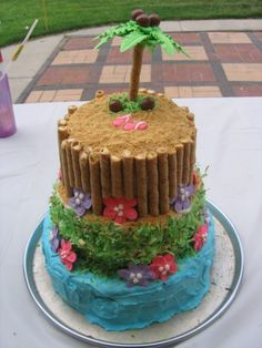 Fun tropical birthday cake idea for your Ramada Tropics party. Fun tropical birthday cake idea for your Ramada Tropics party. Luau Birthday Cakes, Luau Cakes, Beach Cakes, Hawaiian Birthday, Party Cakes, Hawaiian Cakes, Hawaiian Party Cake, Hawaiian Luau, Foto Pastel