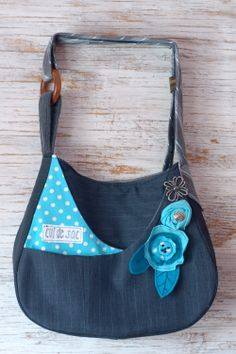 Rachel bag by Cul de Sac, 100% eco-friendly, handmade using reclaimed and recycled materials.