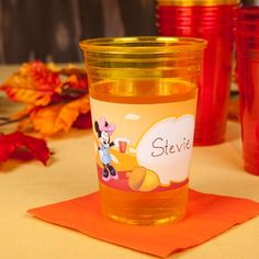 Let Mickey and Minnie lend a hand in organizing your Thanksgiving feast with these cup labels.