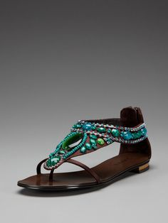 <3 these sandles