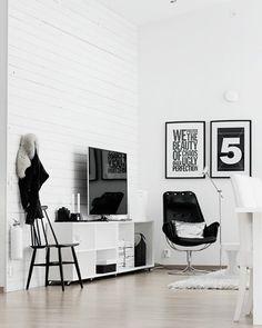 Shake My Blog | Un salon scandinave en noir et blanc