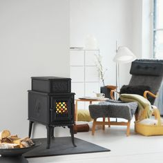 traditional freestanding fireplace from hearthstone model 8301