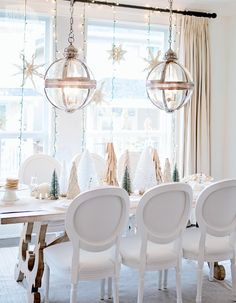 Festive holiday tabletop decor {PHOTO: Jamie Lauren}