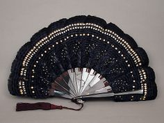 Fan Date: late century Culture: French Medium: Feathers, tortoiseshell Dimensions: Overall (confirmed): 8 × 13 in. Fan Language, Hand Held Fan, Hand Fans, Antique Fans, Old Fan, Hand Gloves, Paper Fans, Vintage Bags, Character Design Inspiration