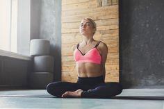 巻き肩矯正で全身を美姿勢に!特選ストレッチ5ほか効果的な全方法 Yoga Fitness, Health Fitness, Yoga Sequences, Nice Body, Health Care, Hair Beauty, Exercise, Workout, Skincare