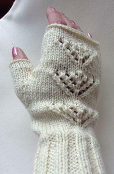 Fingerless mittens.
