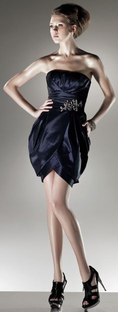 Strapless A-line short length dress