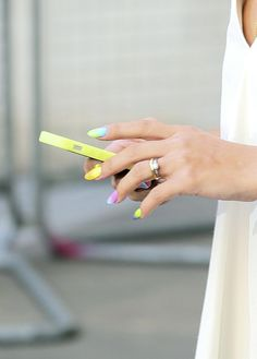 The 7 MUST-try nail colors of the summer