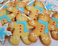 Gingerbred man cookies Gingerbread Man, Gingerbread Cookies, Man Cookies, Bake Sale, Christmas Baking, Cookie Recipes, Deserts, Sweets, Inspire