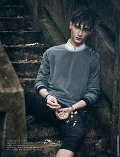 'Boyhood': Editorial por Olivier Yoan para Elsewhere Magazine #7 | Male Fashion Trends