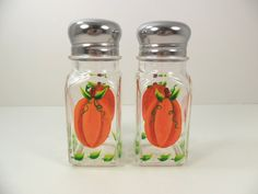 Pumpkin salt and pepper shakers!