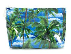 Palm Trees Toiletry Bag: Do you know someone in need of a break or perhaps you are looking for a unique gifts for friends who travel? These Palm Tree toiletry bags are great travel companions or for use every day. The large toiletry bag is made from cotton with a PVC inner and outer lining for simple cleaning.  They make a great gift for Mum or Dad and matched with the Palm Tree eye rest pillow, it will put a relaxing smile on any friends face! #giftsfortravellers #travelaccessories