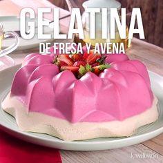 Esta deliciosa y cremosa gelatina de fresa y avena es el postre perfecto para cualquier ocasión. Su rico sabor será el preferido de todo en casa.