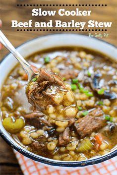 Slow Cooker Beef, Slow Cooker Recipes, Crockpot Recipes, Soup Recipes, Cooking Recipes, Barley Recipes, Slow Cooking, Slimming World, How To Cook Barley